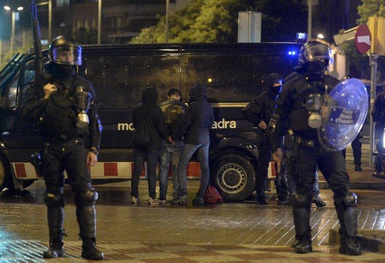 Barcelona'da şiddet dinmiyor