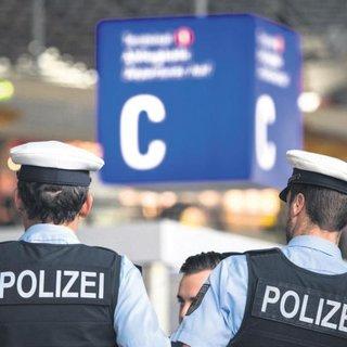 Havalimanında biber gazlı saldırı
