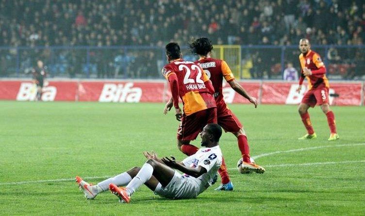 Karabükspor - Galatasaray maçından kareler