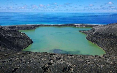 Tonga'da yeni bir ada oluştu