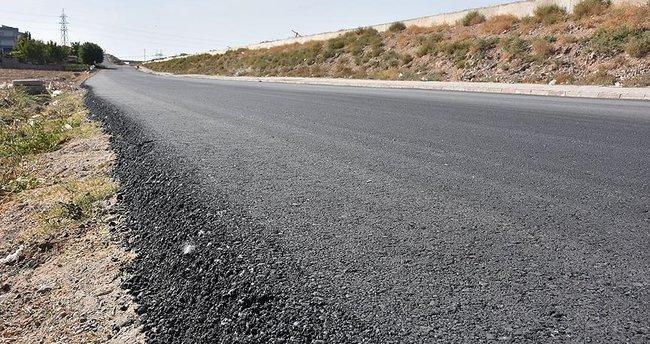 Batman'da 17 günde 20 bin ton asfalt serildi