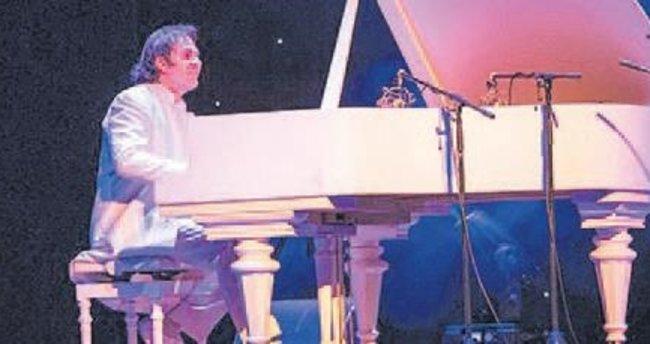 Antalya'da müzik bayramı başladı