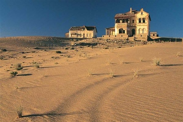 Çöl tarafından yutulan şehir Kolmanskop