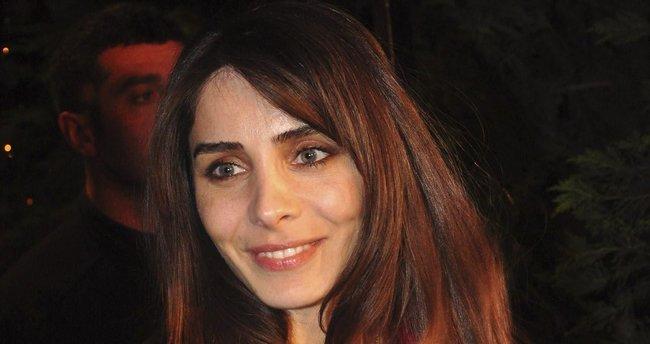 Nur Fettahoğlu kariyerine ara verdiğini açıkladı