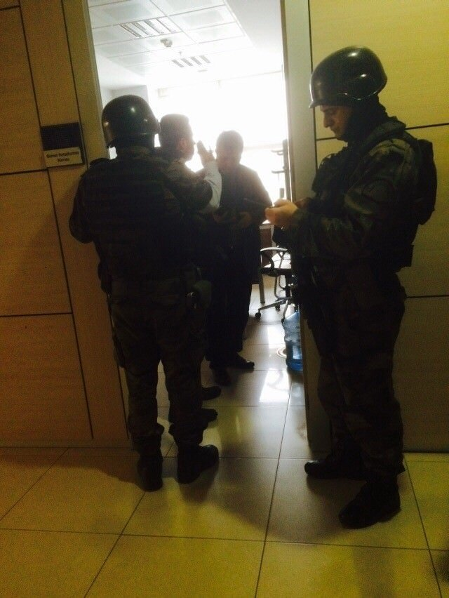 DHKP-C Çağlayan'da savcı rehin aldı