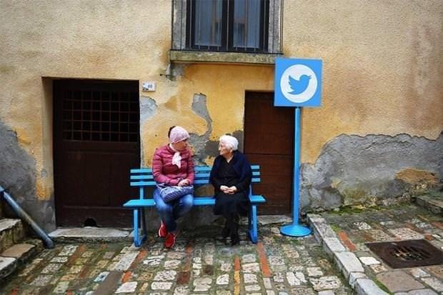 Bu da sosyal medya köyü!