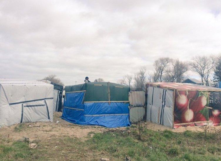 Fransız polisi mülteci kampını yıktı