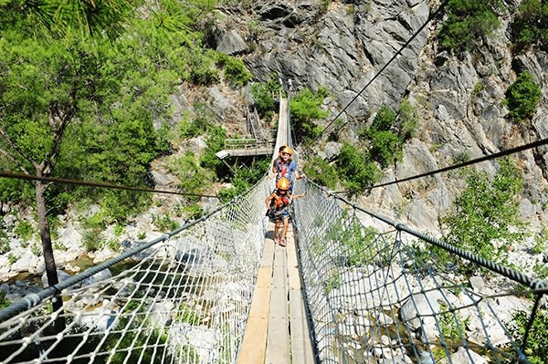 Adrenalin ve eğlencenin adresi: Göynük Kanyonu