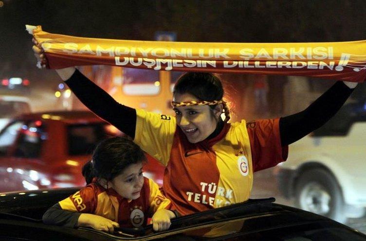2012-13 sezonu şampiyonu Galatasaray