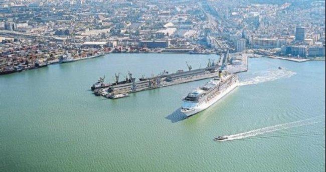 Türkiye'nin lojistik bölgesi İzmir olsun