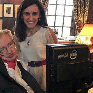 Türk bilim insanı Stephen Hawking'i konuşturacak!