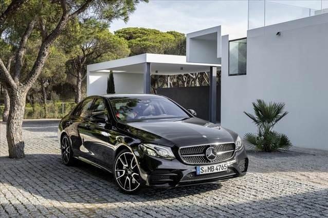 Mercedes-AMG E43 4MATIC 401 HP'lik motoruyla gün yüzüne çıktı