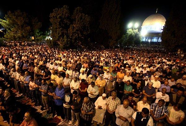 Mescid-i Aksa'da Kadir Gecesi