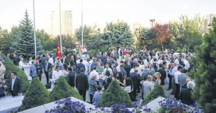 Azerbaycan Milli Günü resepsiyonu