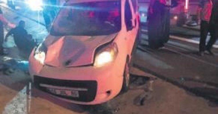 Bursa'da feci kaza: 2 ölü, 14 yaralı