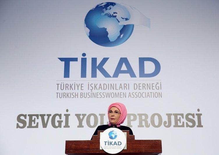 Emine Erdoğan TİKAD Sevgi Yolu Kampanyası'nın gala yemeğine katıldı