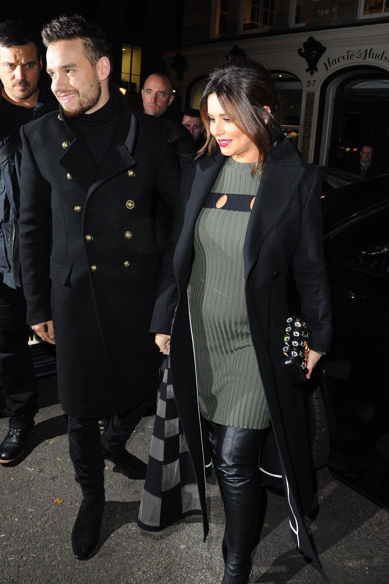Güzel şarkıcı Cheryl'den bebek sürprizi