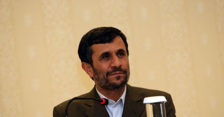 Ahmedinejad'ın cumhurbaşkanlığı adaylığı reddedildi!