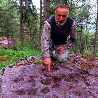 Amanoslar'daki esrarengiz kaya!