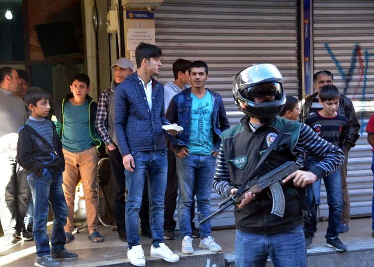 Adana'da polis denetiminde 332 kilo esrar ele geçirildi
