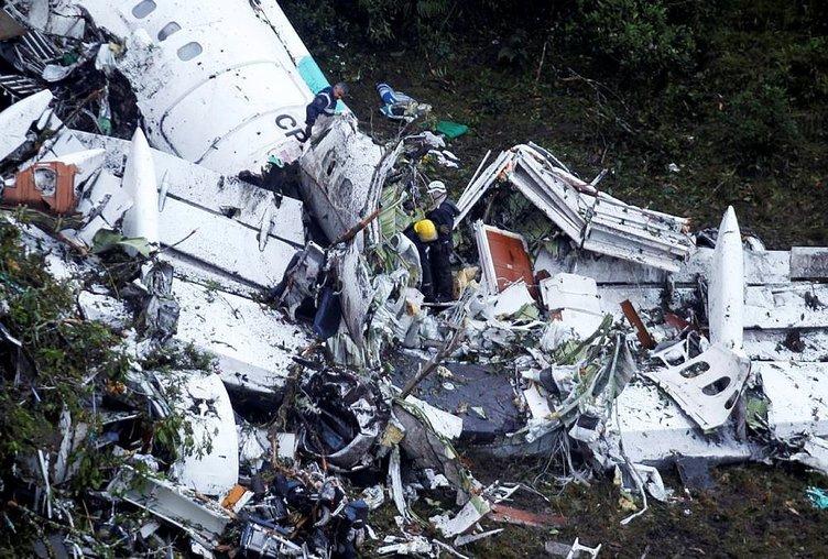Kolombiya'daki uçak kazasından sağ kurtulan kalecinin bacağı kesildi