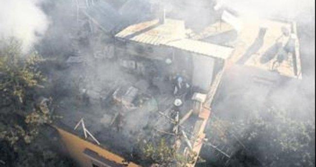 Antalya'da iki yangın birden