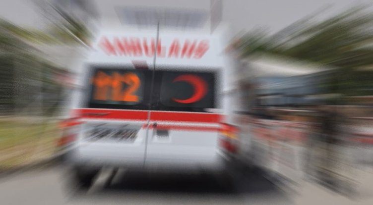 Antalya'da korkunç kaza: 3 ölü, 1 yaralı