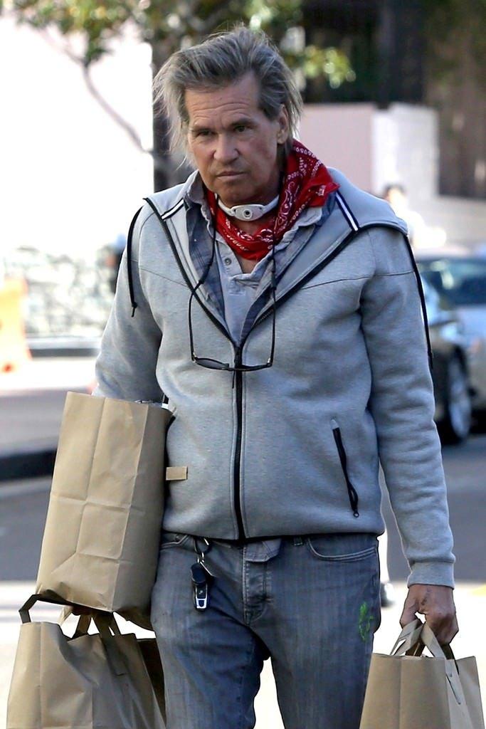 Dünyaca ünlü oyuncu Val Kilmer gırtlak kanserine yakalandı