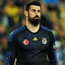 Volkan Demirel, Fenerbahçe'de kaldı!