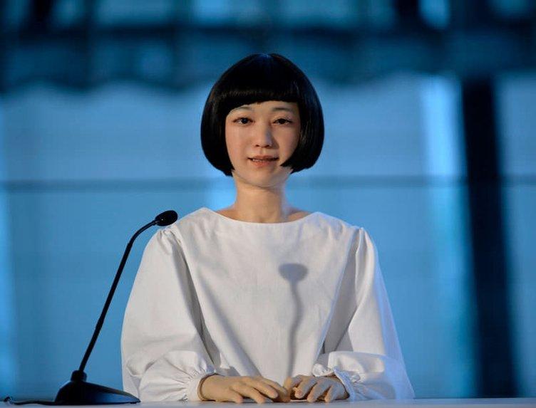 İlk android haber spikeri