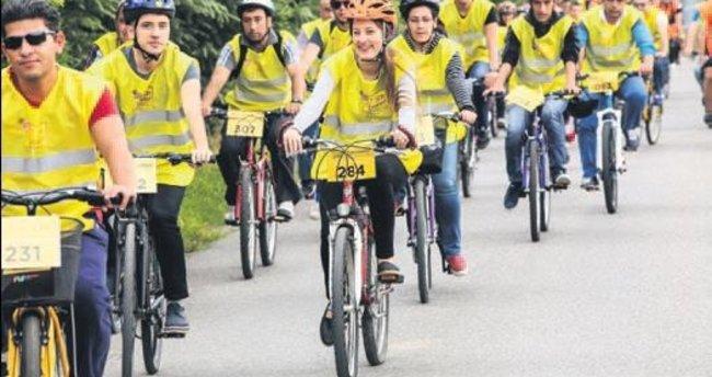 Sapanca'da 'Sarı Bisiklet' çıkarması