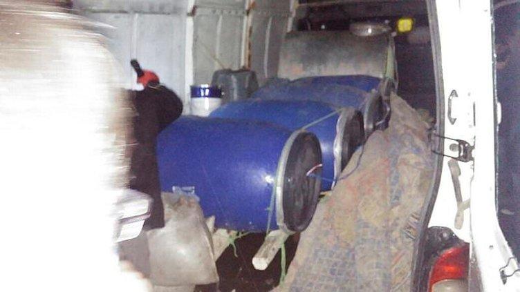 Bomba yüklü araç yakalandı