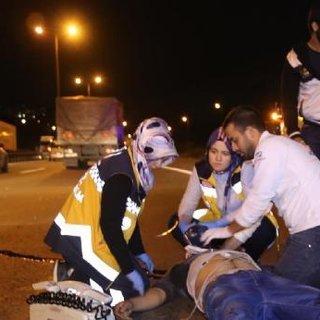 Yolun karşısına geçmeye çalışan kardeşleri ölüm ayırdı