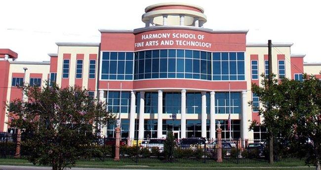 ABD Eğitim Bakanlığından FETÖ okuluna teşvik