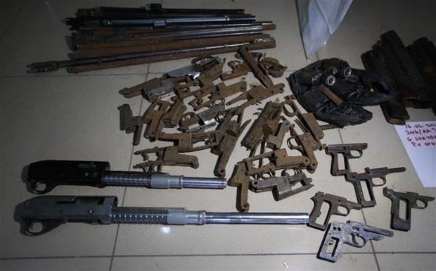 PKK'nın silah tamirhanesi ele geçirildi