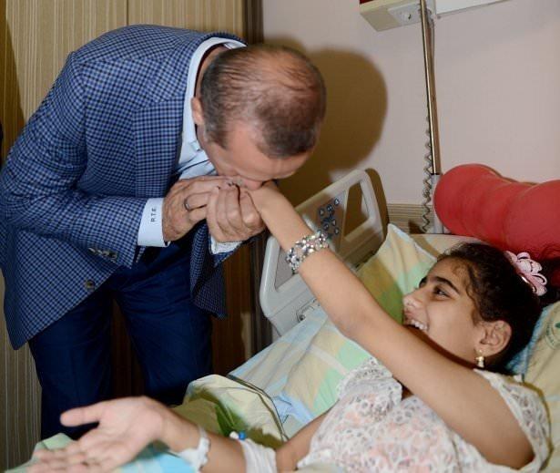 Erdoğan'dan Gazzeli yaralılara ziyaret