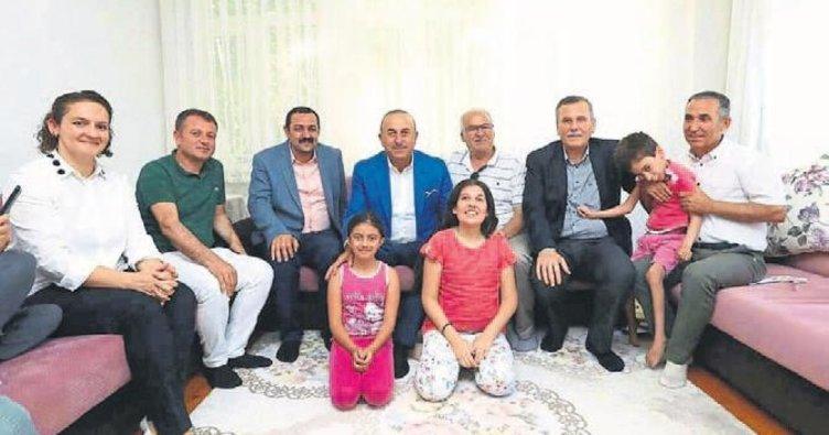 Bakan'ın çat kapı ziyaretleri