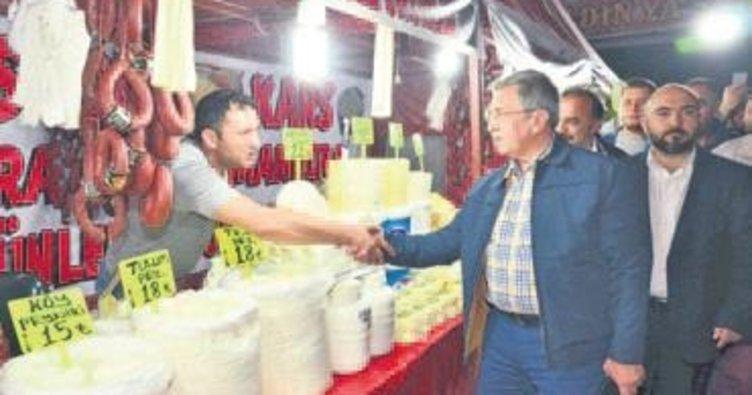 Başkan Çetin esnafı ziyaret etti