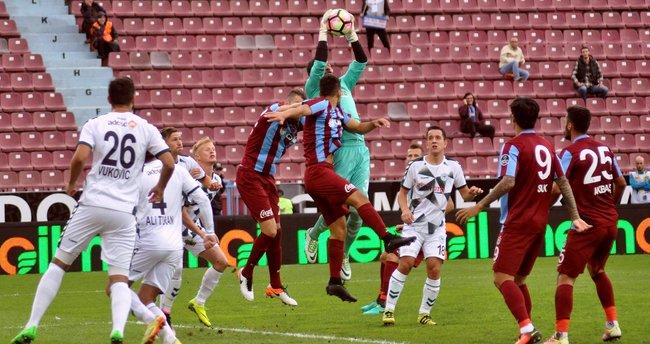 Trabzonspor son saniyede 3 puanı kaptı!