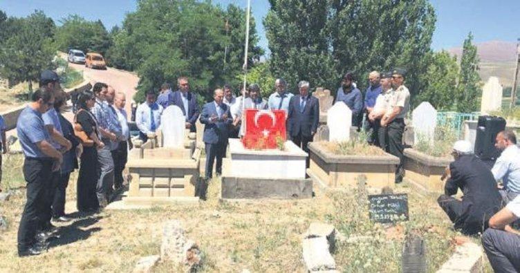 Pınarbaşı'nda şehit mezarları ziyaret edildi