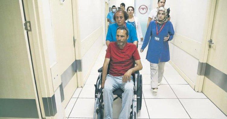 Parkinson hastası Cantemur'un tedavisine başlandı