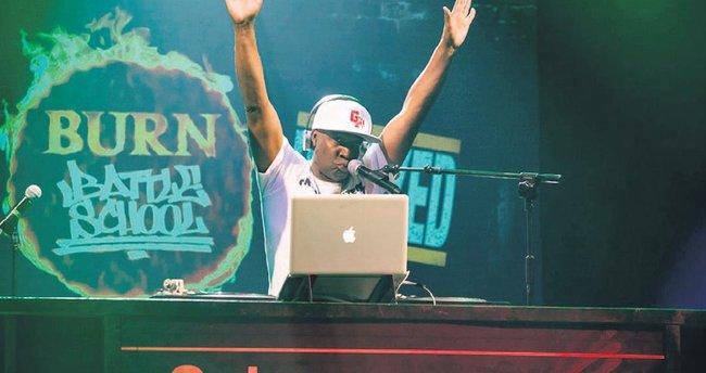 Hiphop ve rap'in efsanesi İstanbul'a geliyor