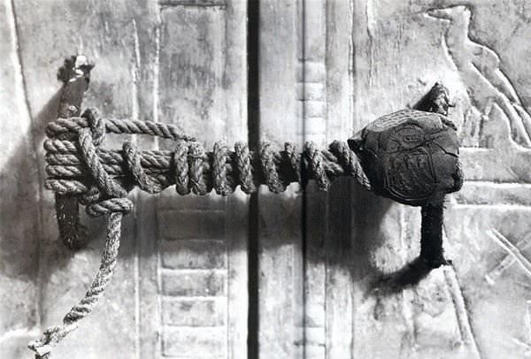 3245 yıllık Tutankamon'un mezar odasından 23 fotoğraf