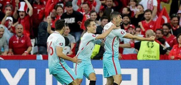 Türkiye'nin Çek Cumhuriyeti maçından kareler