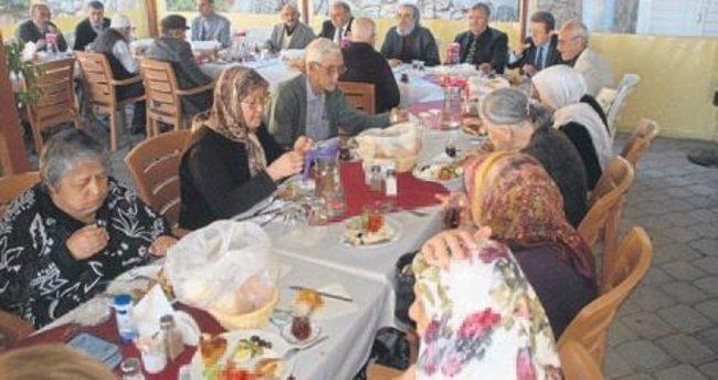 Vali Amir Çiçek'ten yaşlılara özel ilgi