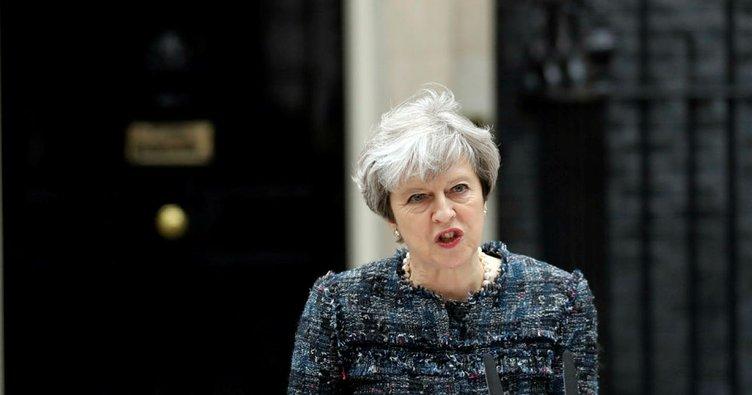 İngiltere Başbakanı May'den AB'ye suçlama