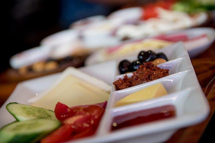 Beşiktaş'ın kalbi: Kahvaltıcılar sokağı