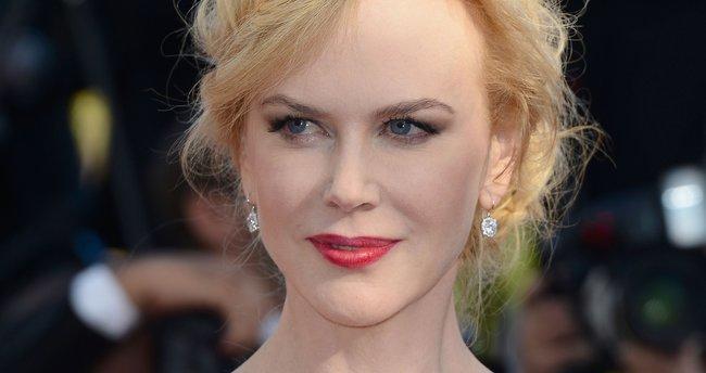 Nicole Kidman'ın kırmızı halıdaki zor anları