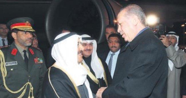 Erdoğan'dan Kuveyt Emiri'ne jest