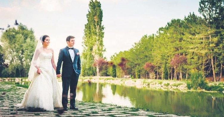 Fotoğrafçılar düğün sezonuna hazır